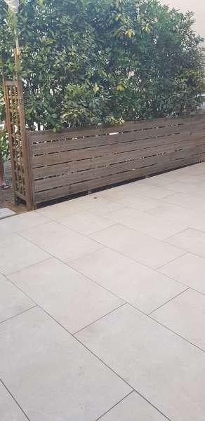 Terrasse En Pierres Ou Bois Composite Escalier Muret à